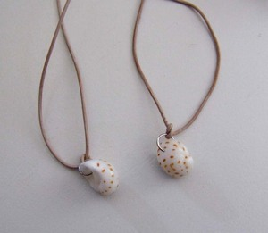 Shell_necklaces