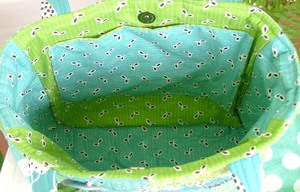 Blue_and_green_patchwork_lining_1