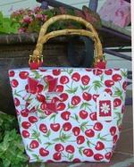 Cherry_purse_1