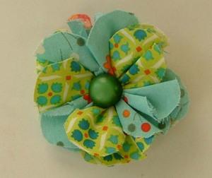 Flower_brooch