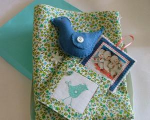 Needlebook_and_fabric